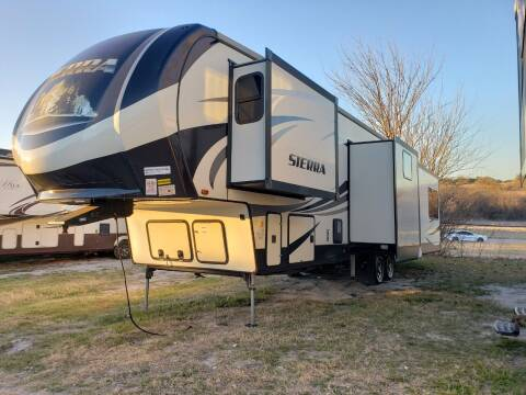 2018 Forest River Sierra 371REBH for sale at Ultimate RV in White Settlement TX