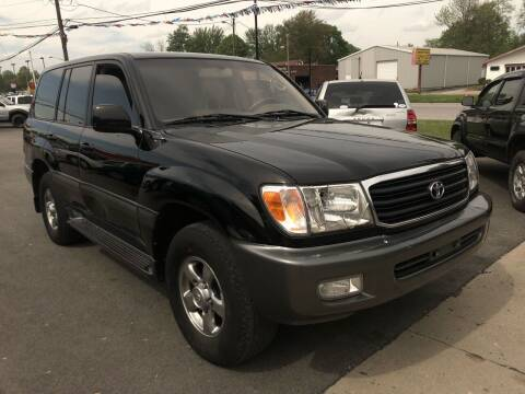 2002 Toyota Land Cruiser for sale at Wise Investments Auto Sales in Sellersburg IN