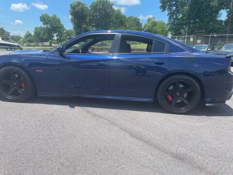 2017 Dodge Charger for sale at Beckham's Used Cars in Milledgeville GA