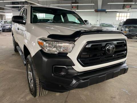 2018 Toyota Tacoma for sale at John Warne Motors in Canonsburg PA