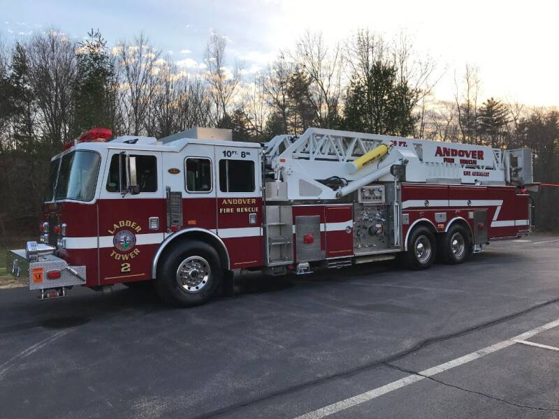 1999 KME Aerialcat 95' Firetruck Mid Mount quint platform for sale at William's Car Sales aka Fat Willy's in Atkinson NH