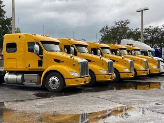 2015 Peterbilt 587 for sale at The Auto Market Sales & Services Inc. in Orlando FL