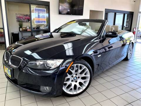 2009 BMW 3 Series for sale at SAINT CHARLES MOTORCARS in Saint Charles IL