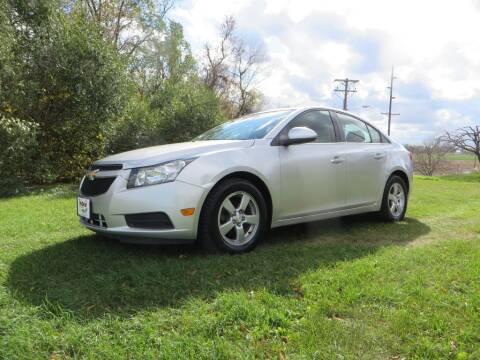 2014 Chevrolet Cruze for sale at The Car Lot in New Prague MN