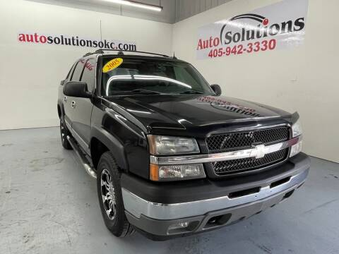 2005 Chevrolet Avalanche for sale at Auto Solutions in Warr Acres OK