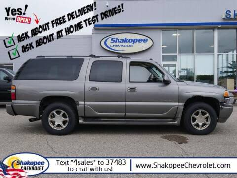 2005 GMC Yukon XL for sale at SHAKOPEE CHEVROLET in Shakopee MN