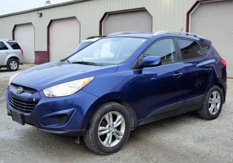 2011 Hyundai Tucson for sale at PINNACLE ROAD AUTOMOTIVE LLC in Moraine OH