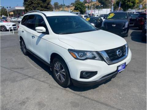2017 Nissan Pathfinder for sale at AutoDeals in Hayward CA