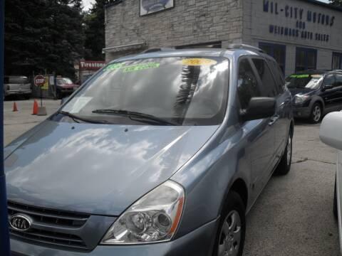 2009 Kia Sedona for sale at Weigman's Auto Sales in Milwaukee WI