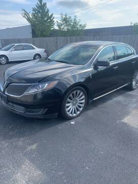 2013 Lincoln MKS for sale at Auto Credit Xpress in Jonesboro AR