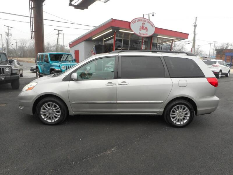 2008 Toyota Sienna for sale at The Carriage Company in Lancaster OH