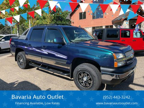 2006 Chevrolet Avalanche for sale at Bavaria Auto Outlet in Victoria MN