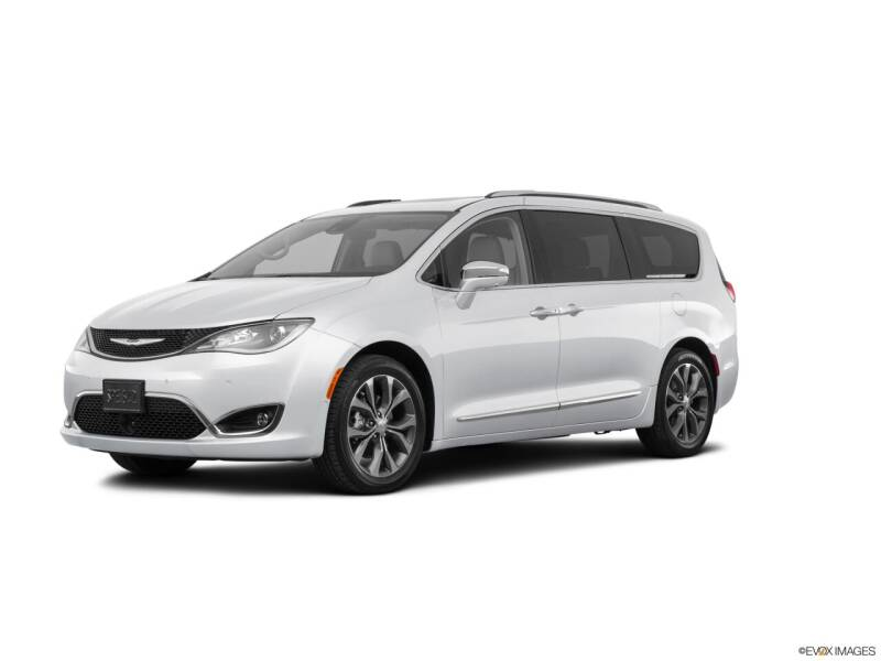 2017 Chrysler Pacifica for sale at PATRIOT CHRYSLER DODGE JEEP RAM in Oakland MD