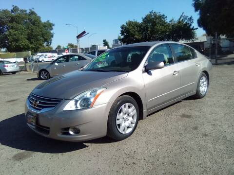 2012 Nissan Altima for sale at Larry's Auto Sales Inc. in Fresno CA