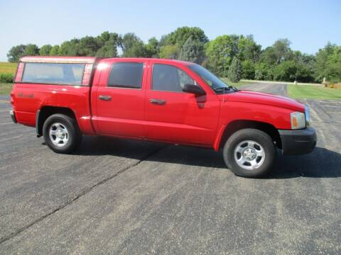 2005 Dodge Dakota for sale at Crossroads Used Cars Inc. in Tremont IL