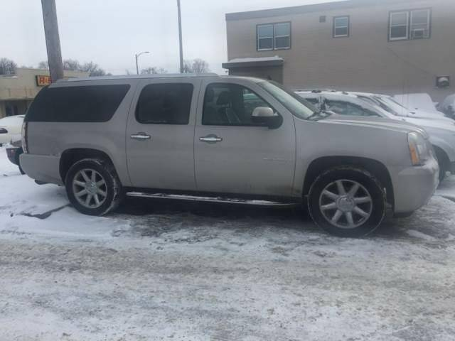 2007 GMC Yukon XL for sale at Southtown Auto Sales in Albert Lea MN
