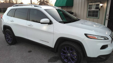 2017 Jeep Cherokee for sale at Haigler Motors Inc in Tyler TX