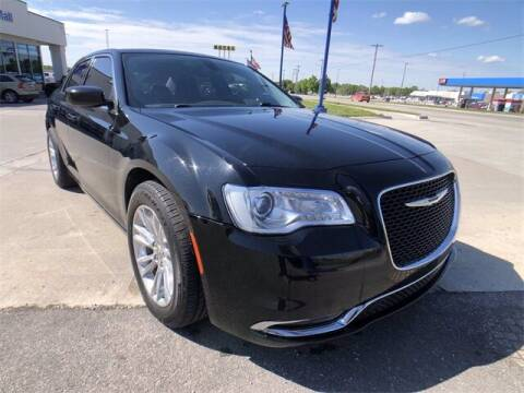 2015 Chrysler 300 for sale at Show Me Auto Mall in Harrisonville MO