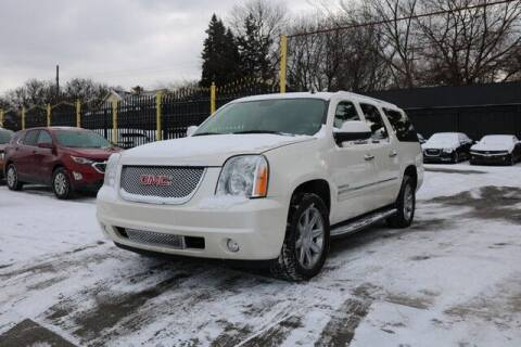 2013 GMC Yukon XL for sale at F & M AUTO SALES in Detroit MI