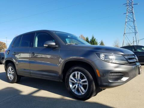 2012 Volkswagen Tiguan for sale at CarNation Auto Group in Alliance OH