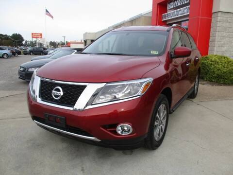 2014 Nissan Pathfinder for sale at Premium Auto Collection in Chesapeake VA