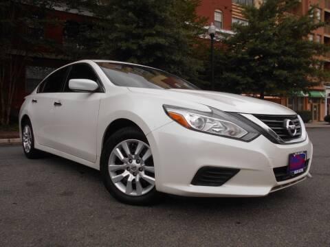 2016 Nissan Altima for sale at H & R Auto in Arlington VA