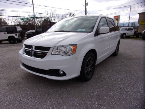 2017 Dodge Grand Caravan for sale at RAY'S AUTO SALES INC in Jacksboro TN