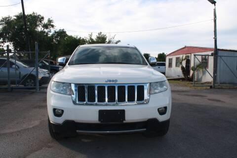 2012 Jeep Grand Cherokee for sale at Fabela's Auto Sales Inc. in Dickinson TX