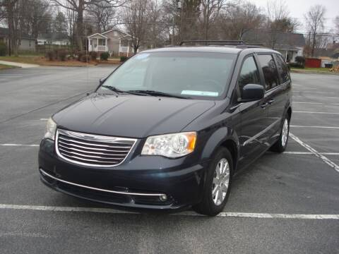 2013 Chrysler Town and Country for sale at Uniworld Auto Sales LLC. in Greensboro NC