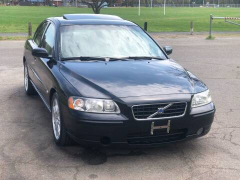 2005 Volvo S60 for sale at Choice Motor Car in Plainville CT
