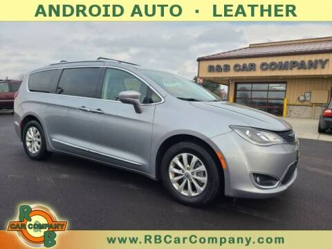 2019 Chrysler Pacifica for sale at R & B Car Company in South Bend IN