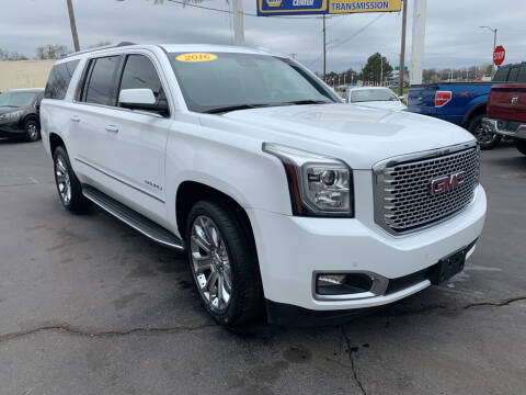 2016 GMC Yukon XL for sale at Summit Palace Auto in Waterford MI