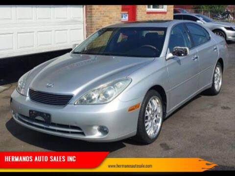 2005 Lexus ES 330 for sale at HERMANOS AUTO SALES INC in Hamilton OH