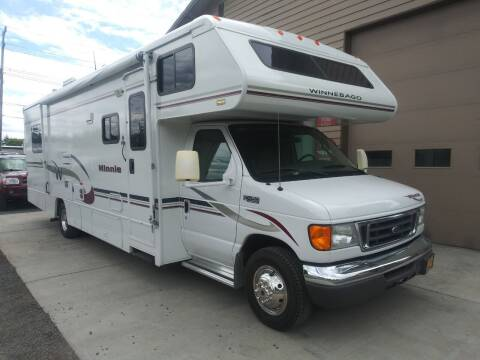 2005 Winnebago Minnie M-31C for sale at Just Used Cars in Bend OR