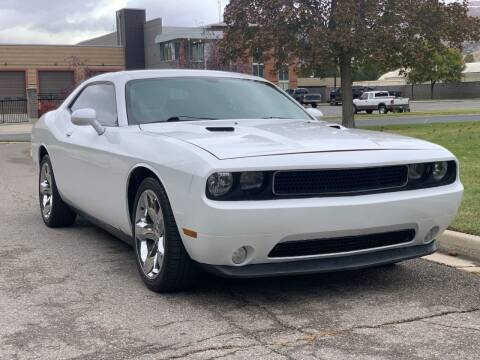 2014 Dodge Challenger for sale at A.I. Monroe Auto Sales in Bountiful UT