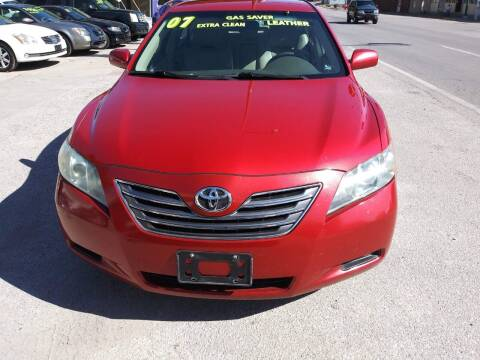2007 Toyota Camry Hybrid for sale at Street Side Auto Sales in Independence MO