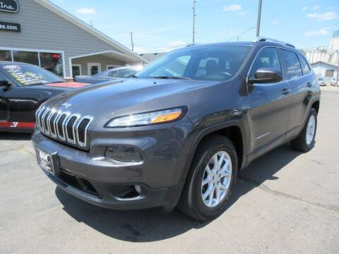 2015 Jeep Cherokee for sale at Dam Auto Sales in Sioux City IA