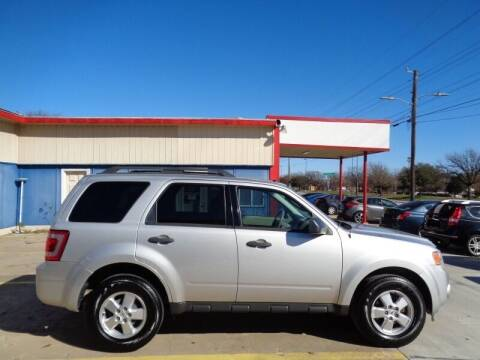 2009 Ford Escape for sale at DFW AUTO FINANCING LLC in Dallas TX