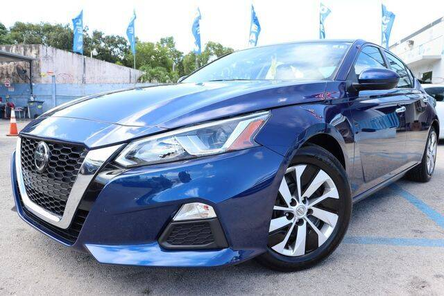 2019 Nissan Altima for sale at OCEAN AUTO SALES in Miami FL