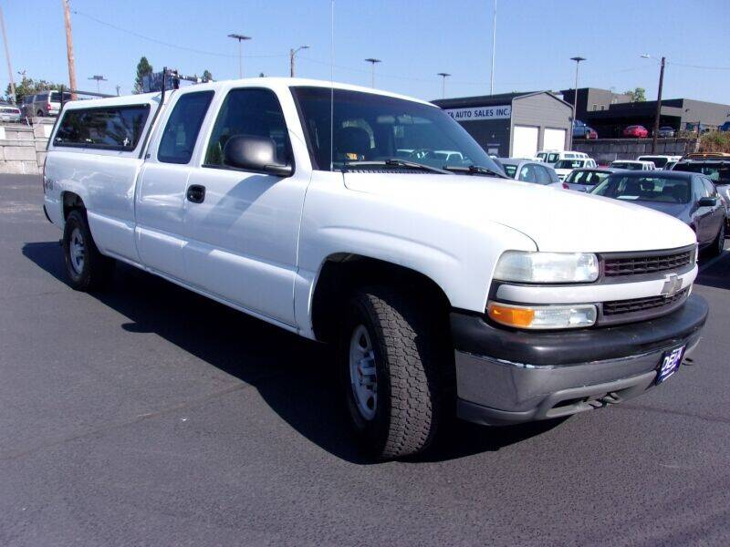 2001 Chevrolet Silverado 1500 for sale at Delta Auto Sales in Milwaukie OR