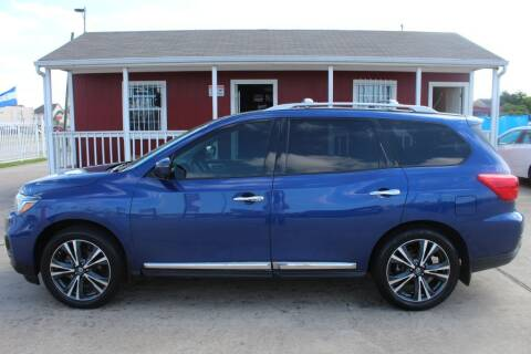 2018 Nissan Pathfinder for sale at AMT AUTO SALES LLC in Houston TX