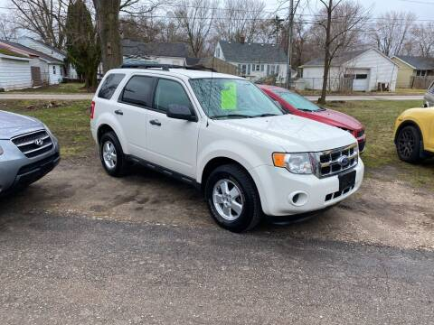 2011 Ford Escape for sale at Antique Motors in Plymouth IN