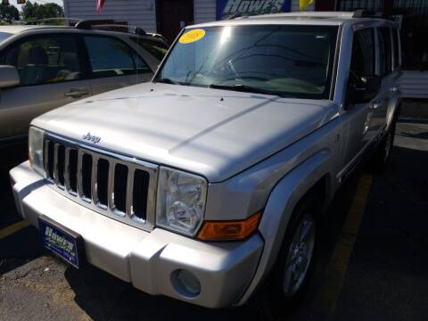2008 Jeep Commander for sale at Howe's Auto Sales in Lowell MA