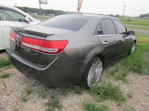 2011 Lincoln MKZ for sale at Hill Top Sales in Brenham TX