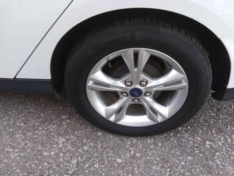 2013 Ford Focus SE 4dr Sedan - Pleasant View TN