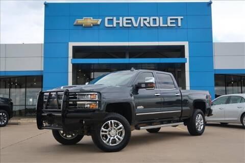 2019 Chevrolet Silverado 2500HD for sale at Lipscomb Auto Center in Bowie TX