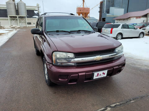 2006 Chevrolet TrailBlazer for sale at J & S Auto Sales in Thompson ND