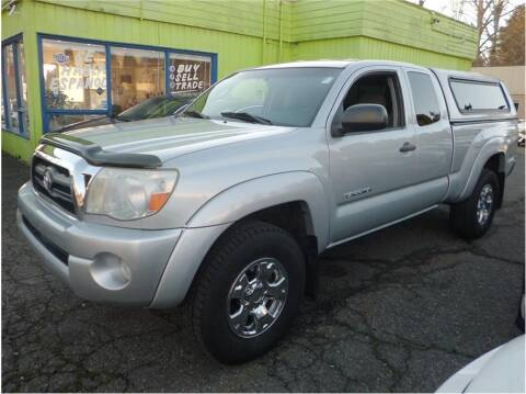 2005 Toyota Tacoma for sale at Klean Carz in Seattle WA