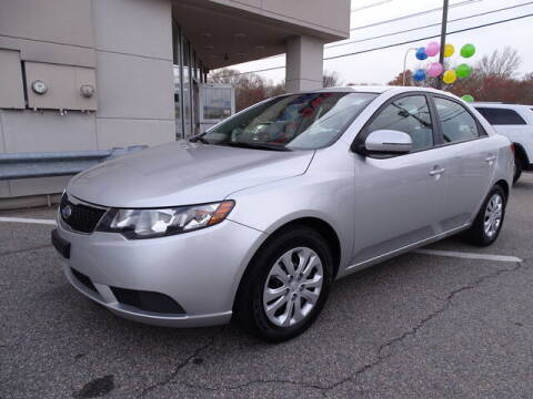 2012 Kia Forte for sale at KING RICHARDS AUTO CENTER in East Providence RI