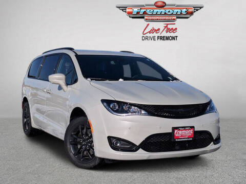 2020 Chrysler Pacifica for sale at Rocky Mountain Commercial Trucks in Casper WY